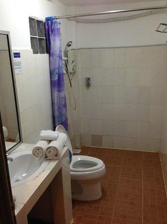 Beach Club Resort: Bathroom