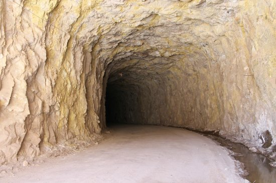San Rafael, Argentina: Tuneles en Cañon del Atuel