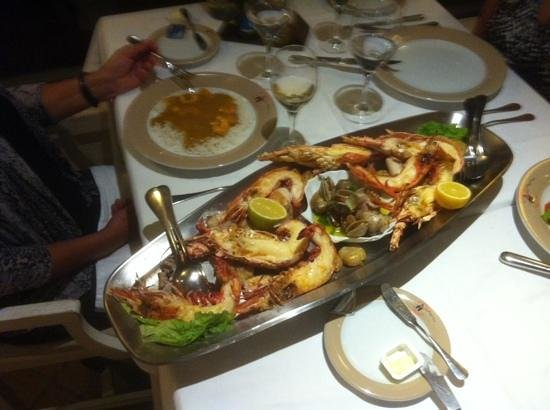 O Faroleiro: Beautiful seafood platter