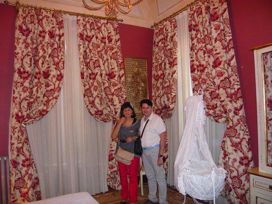 Casa Palacio Conde de la Corte : Cunita siglo XIII