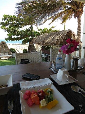 The Chili Beach Boutique Hotel & Resort: Café da Manhã de frente pro mar.