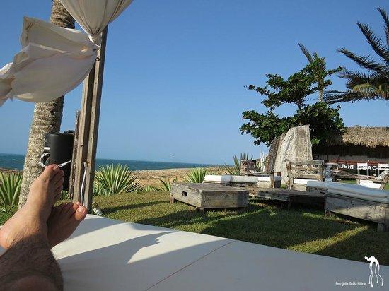 The Chili Beach Boutique Hotel & Resort: Um gazebo para deitar e aproveitar a vista.