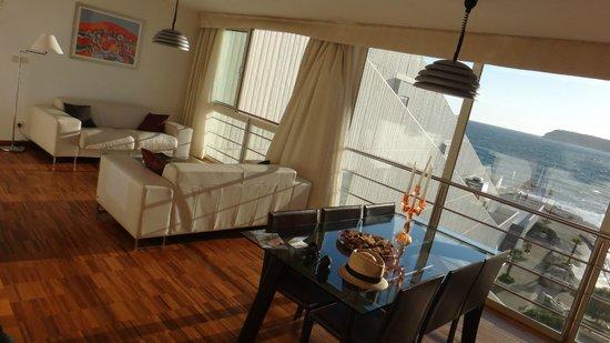 Valamar Dubrovnik President Hotel : Lounge & dining of the suite
