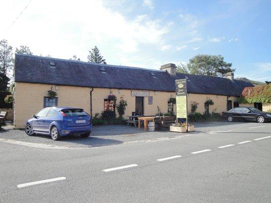 Ashes Pub and Restaurant: Ashes Pub