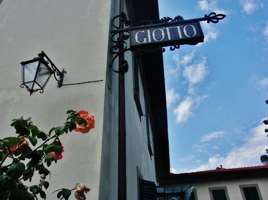 Giotto Park Hotel: La villa