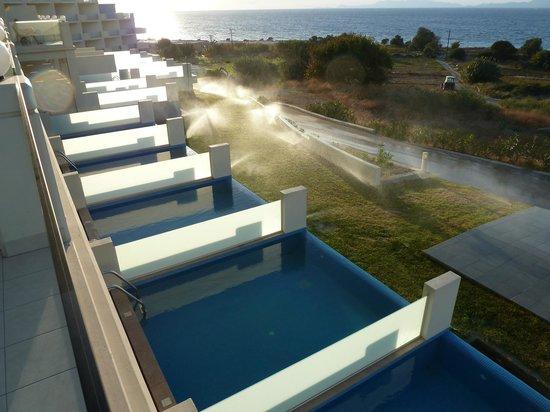 Atrium Platinum Hotel: Private pool rooms beneath us