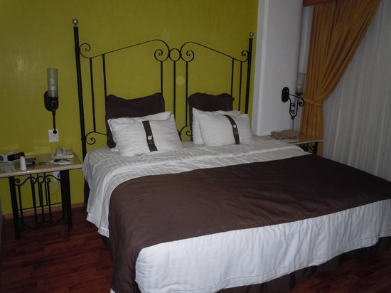Holiday Inn Hotel & Suites Centro Historico: King Bed