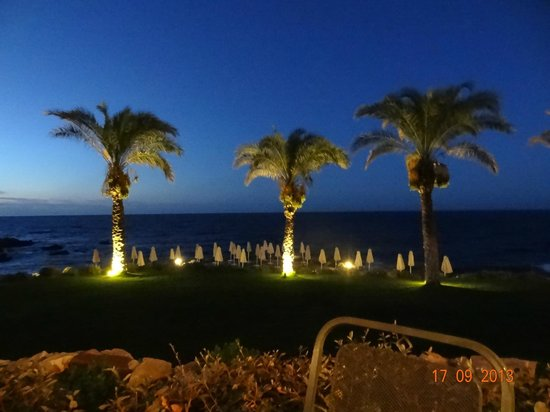 Grecotel Club Marine Palace: view from the greek tavern