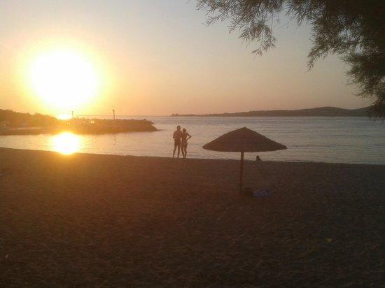 Meltemi Cafe: Enjoying the sunset.