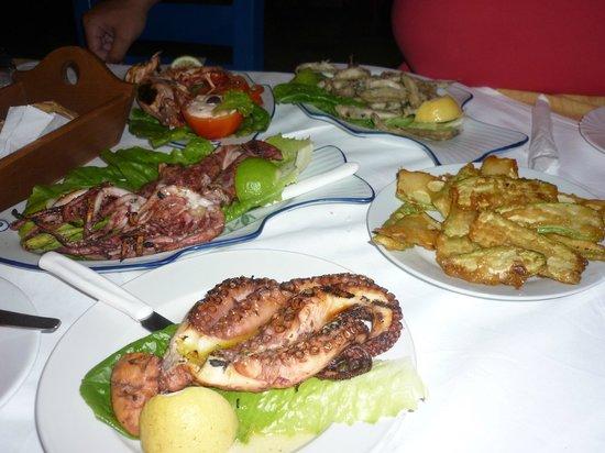 Grecotel Club Marine Palace: old panormo's port captain tavern