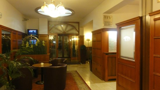 Austria Classic Hotel Wien : Hall de entrada