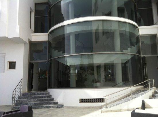 Olympic Djerba : façade de l'hôtel