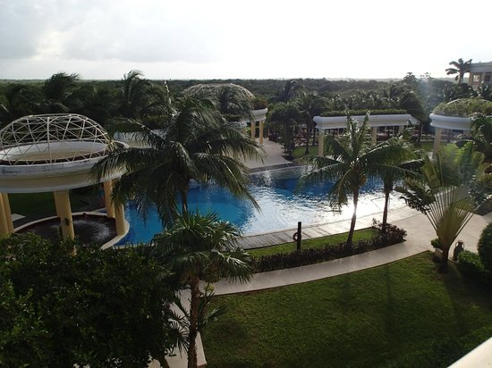 Iberostar Grand Hotel Paraiso: View from room balcony overlooking tranquility pool