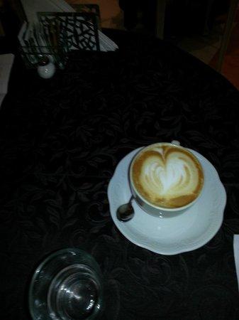 Demidoff Hotel: El café bien servido