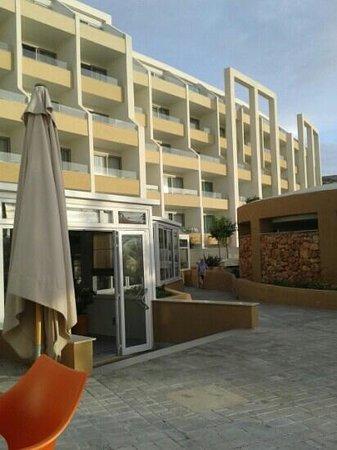 db Seabank Resort + Spa: restaurang laguna