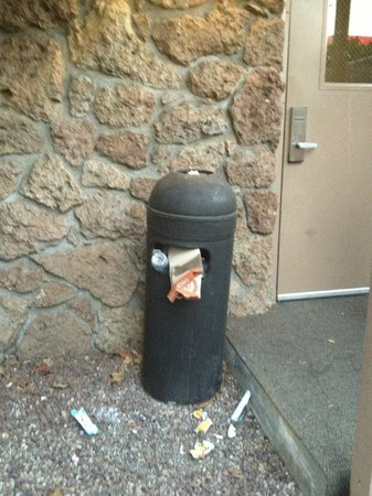 Shilo Inn & Suites - Salmon Creek : This garbage was overflowing nearly the whole time and the employees would hang out here and smo