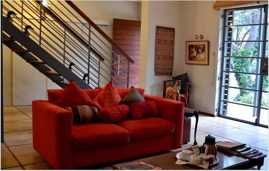 Eden in Linden: Living room