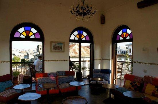Zanzibar Coffee House: Breakfast room