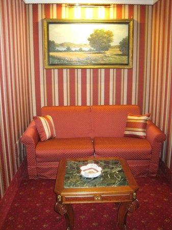 Hotel Manfredi Suite in Rome : poltrona salotto