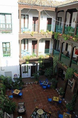 El Rey Moro Hotel Boutique Sevilla: The Courtyard