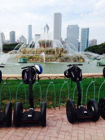 City Segway Tours Chicago : Fountain on the lake