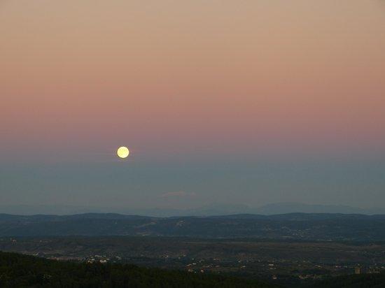 Auberge de la Tour de Brison : Moonrise from terrace