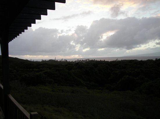 Molokai Hilltop Cottage & West End Studio : View from deck