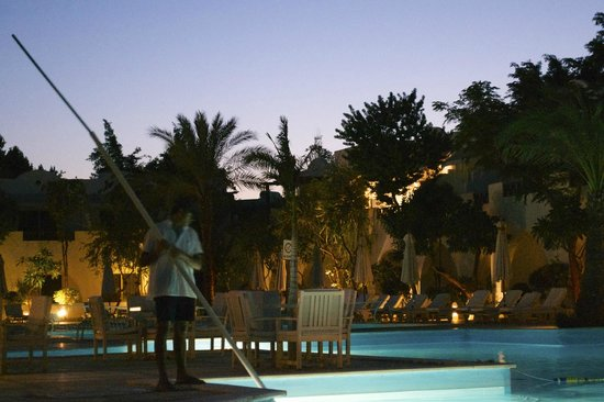 Marmara Sabena Resort : Pool area at sunset