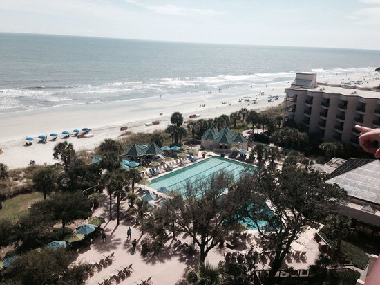 Hilton Head Marriott Resort & Spa: Balcony view from an oceanfront room on the 9th floor