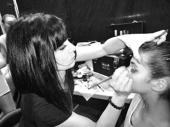 Villa des Flo : Maquillage Gala de Danse - E2R à Bandol