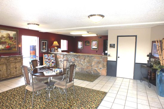 BEST WESTERN Whitten South: Front Desk