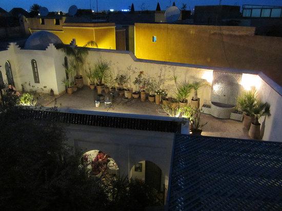 Riad Sahara Nour : La terrasse de nuit