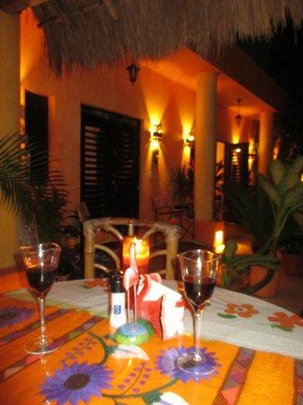 Casita de Maya: So pretty at night...