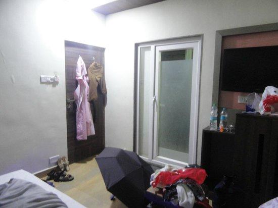 Yashraj The Boutique Hotel Inside Room 3