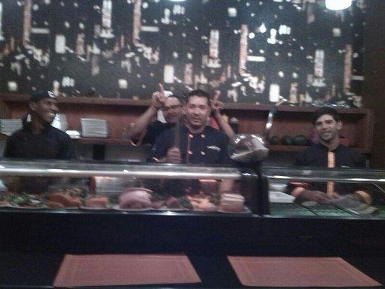 Tabetai Sushi Bar : pescado sushi longue