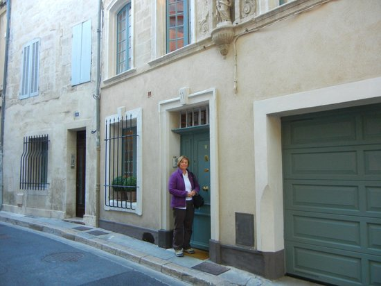 La Banasterie: An unassuming entrance