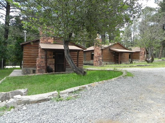 Apache Village Cabins: View of Two Bedroom Cabins