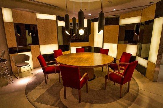 Alfonso Hotel: Rincón de la cafetería