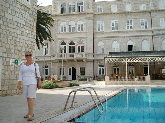 Hotel Lapad : Pool bar area