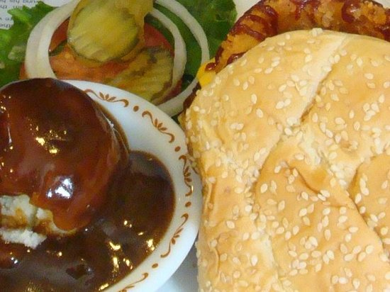 Golden Hills Restaurant: Hamburger nr. 1