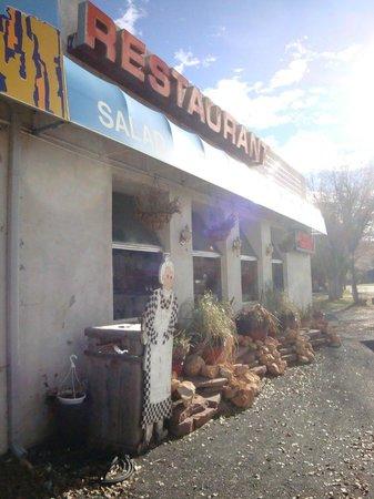 Golden Hills Restaurant: Esterno