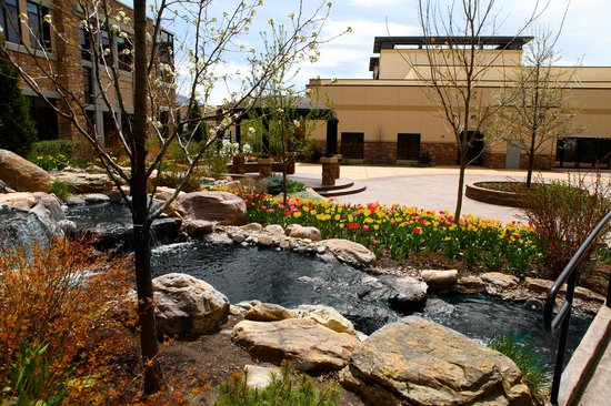 The Riverwoods Conference Center: Waterfall Patio Accents