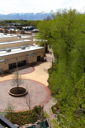 The Riverwoods Conference Center: Patio Arial View