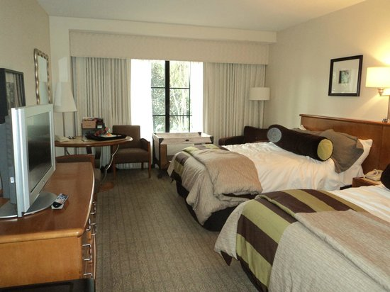 Garden view room picture of hard rock hotel at universal for Garden rooms reviews