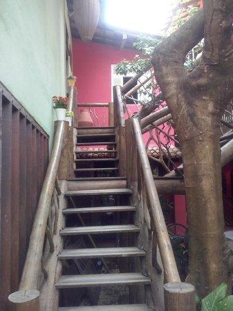 Pousada Joao Sol: Escadaria.