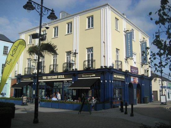 Hotels Near Down Royal Racecourse