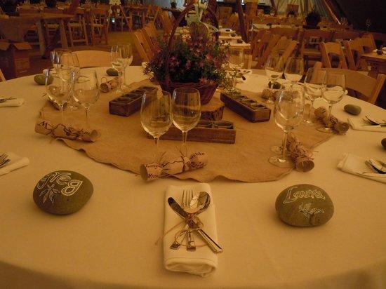 Sticklebarn: Table Decorations