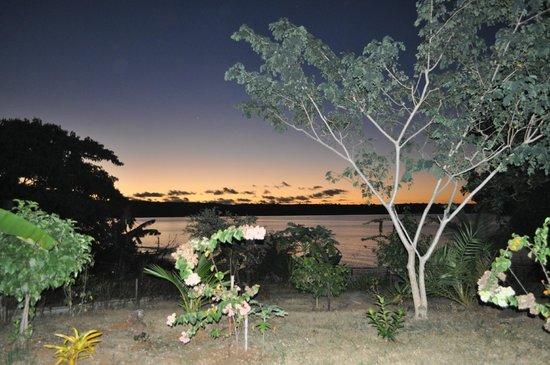 VILLA & BUNGALOW MAHILAKA : Un coucher de soleil