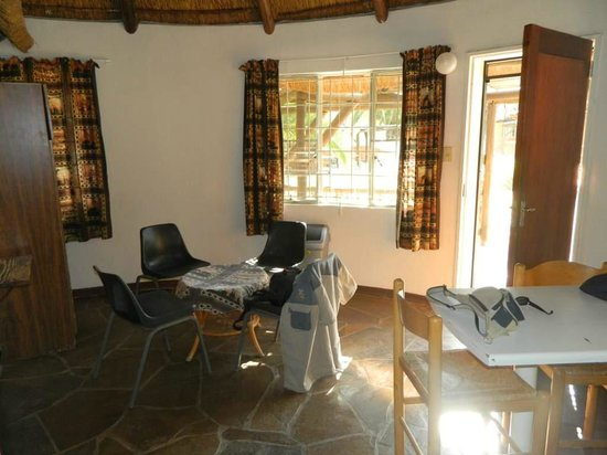 Omaruru Game Lodge: Our living area in selfcatering unit