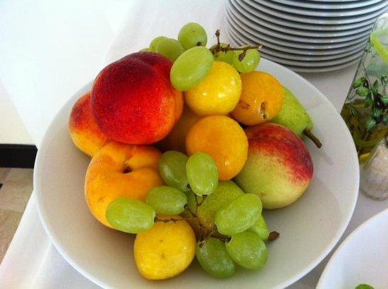 Hotel Royal Hills: Cestino di frutta